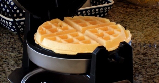 How to Make Eggs in a Waffle Maker